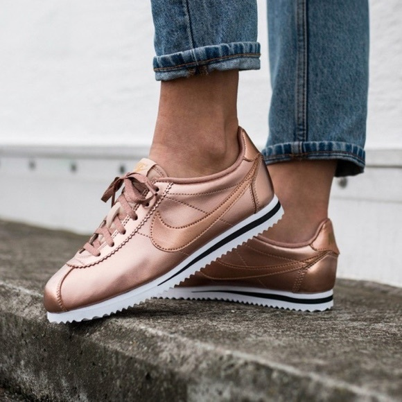 new arrivals df3f6 b9205 Rose Gold Nike Cortez Sneakers. M 5c33ed539fe4868b1d499767